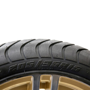 AC601 Assembly - Gold w/ Center Cap 15x6 ET-25 & 205/35R15 Innova Driver 4 ply